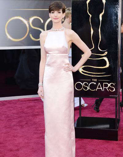 "Энн Хэтэуэй (Anne Hathaway) на премии ""Оскар""-2013"