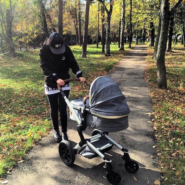 Виктория Дайнеко впервые вышла в свет после родов