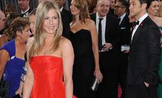 Почему Энистон пришла на «Оскар» в платье с пышной юбкой?