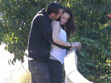 Кристен Стюарт (Kristen Stewart) и Руперт Сандерс (Rupert Sanders) не скрывают своих чувств