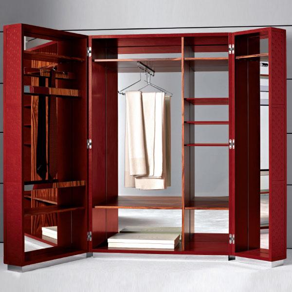 Гардероб Condotti, с внутренней зеркальной отделкой, Flou, салон «Флэт-интерьеры».