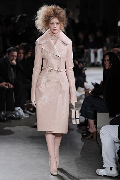 Неделя моды в Париже: показы Alexander McQueen и Paul & Joe ready-to-wear осень — зима 2015-2016   галерея [1] фото [2]