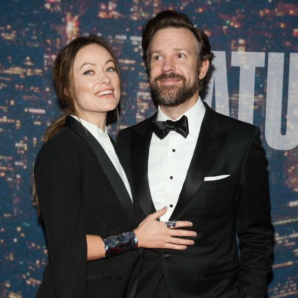 Оливия с мужем Джейсоном Судейкисом