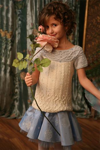 Платья от Ninachka Couture проходят тест на удобство маленькими моделями