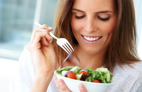 """""""Диета красоты"""" предполагает уменьшение потребления красного мяса, жиров и углеводов."""