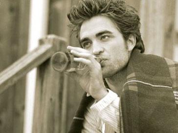 Роберт Паттинсон (Robert Pattinson) устал от славы