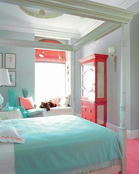 Спальня девочки-подростка - проект американского декоратора Келли Уэстлер