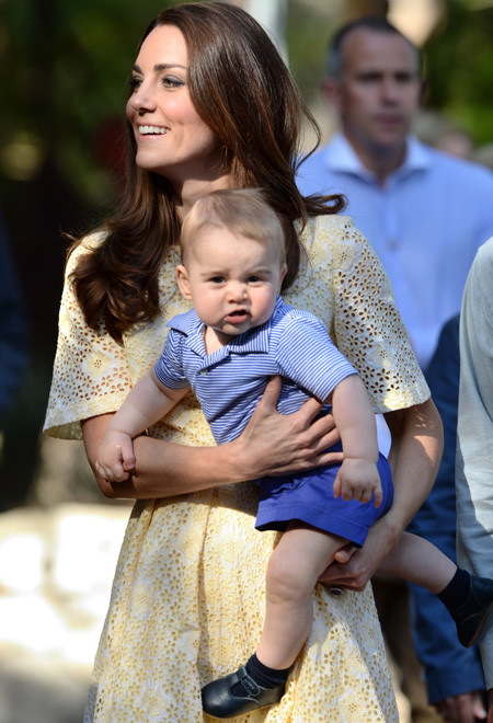 Принц Джордж и Кейт Миддлтон, фото