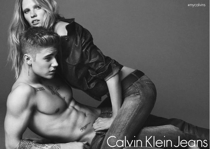 фотографии рекламной кампании Calvin Klein с Джастином Бибером до фотошопа