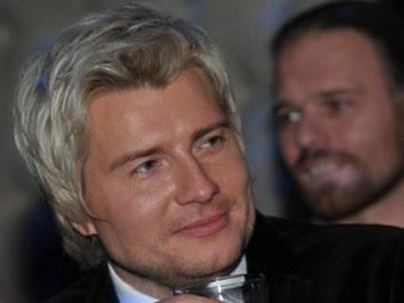 Николая Баскова связывают с Оксаной Федоровой только рабочие отношения