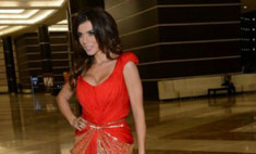 Анна Седокова поразила нарядами на концерте Дженнифер Лопес