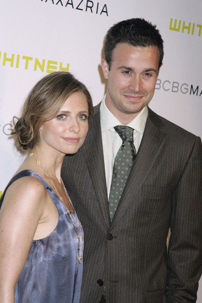 Сара с мужем Фредди