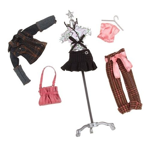Одежда для куклы Bratz, от 300 руб.