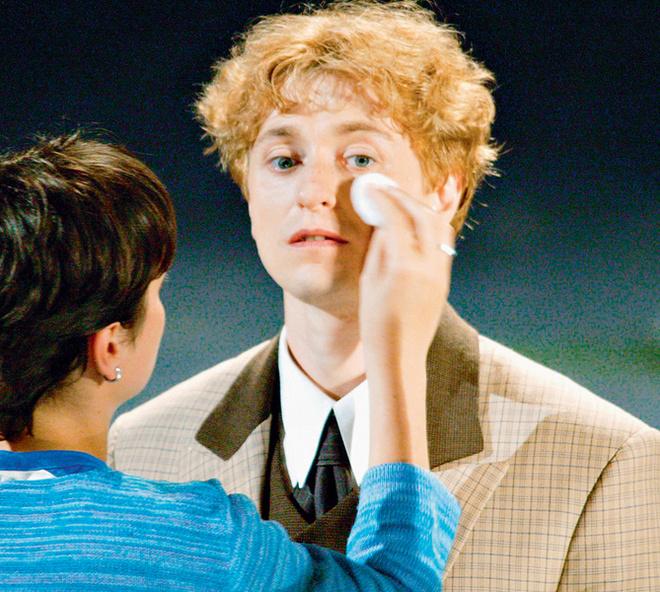 44% русских мужчин способны плакать из-за женщин. Французы более ранимы – 93%.