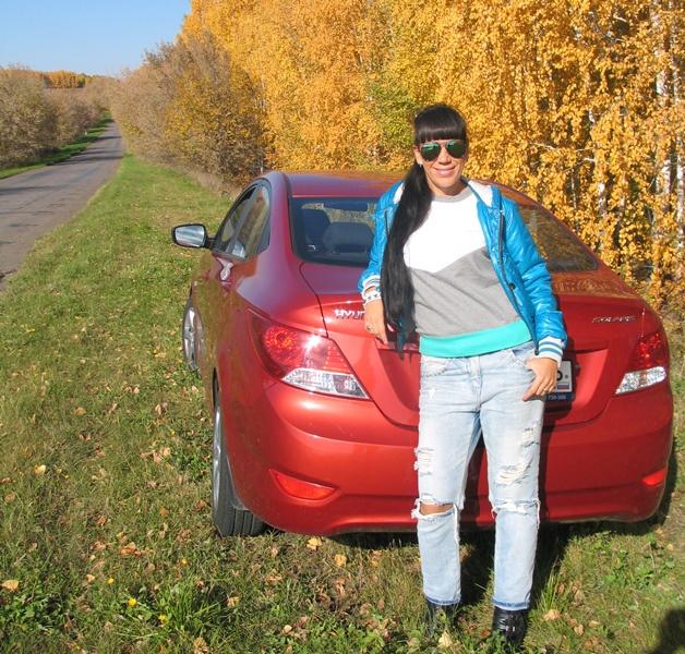 Женщина за рулем: день автомобилиста