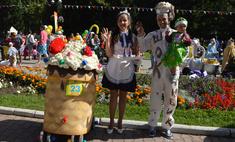 Торты, пельмени и молоко: самые съедобные коляски Екатеринбурга