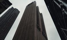 Зачем посреди Манхэттена построили 29-этажный небоскреб без окон
