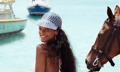 Рианна стала лицом родного острова Барбадос