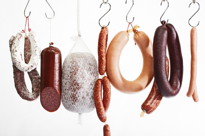 как хранить колбасу в холодильнике