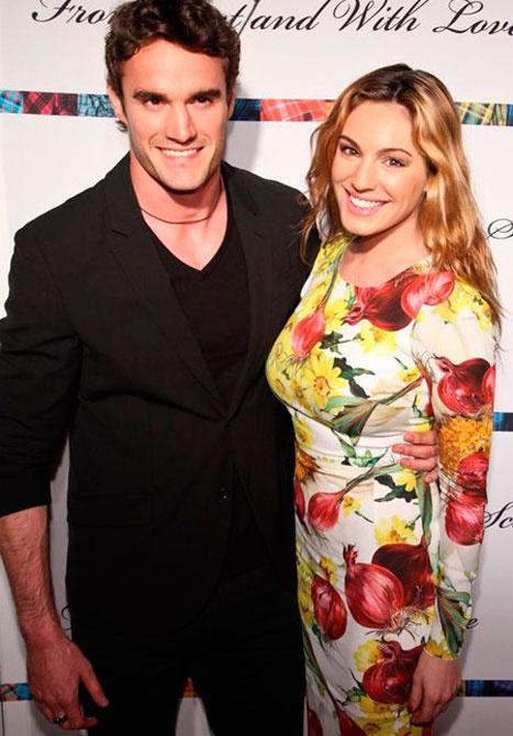 Келли Брук с мужем фото