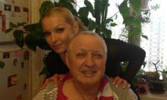 Анстасия Волочкова навестила больного отца