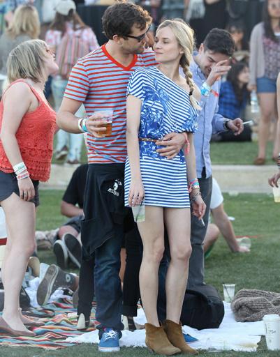 Диана Крюгер (Diane Kruger) и Джошуа Джексон (Joshua Jackson) на музыкальном фестивале Coachella 2012