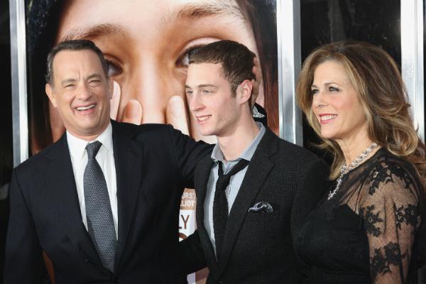 Чет с родителями, Томом Хэнксом и Ритой Уилсон