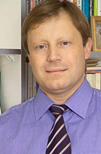 Андрей Россохин, профессор, заведующий кафедрой НИУ ВШЭ, научный редактор издательского проекта «Антология современного психоанализа»
