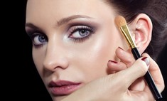 Выразительный макияж для глаз с фиолетовыми тенями