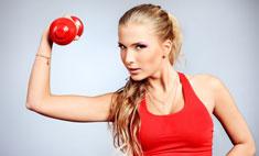 Домашняя тренировка: упражнения с гантелей