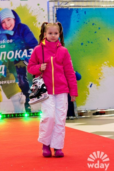 Модная детская одежда, где купить дешево куртку и пуховик