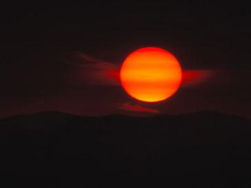 Ученые обнаружили 18 потенциально опасных Солнцу звезд