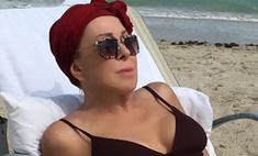 Королева фотошопа Успенская примерила идеальное бикини