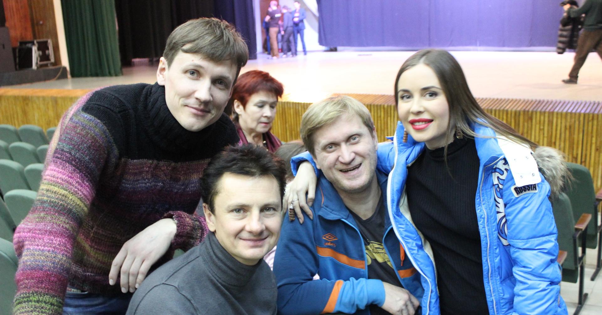 Вячеслав мясников с женой детьми фото