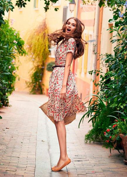Женственное платье в парижском стиле