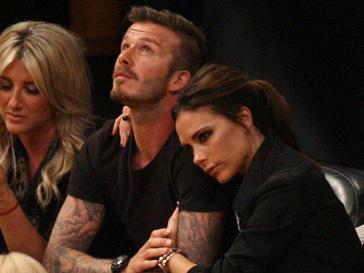 Виктория Бекхэм (Victoria Beckham) пытается уберечь семью от неприятных слухов об измене Дэвида