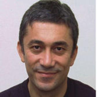 Нури Бильге Джейлан, кино-автор мирового масштаба,«турецкий Бергман» и каннский фаворит, создавая«Однажды в Анатолии», экранизировал наше родное –коротенький рассказ Чехова «Следователь».