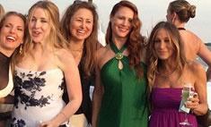 Сара Джессика Паркер примерила платье подружки невесты