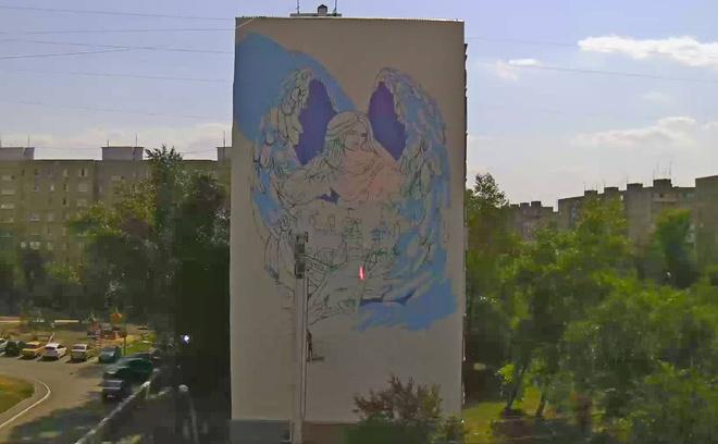 Ангел на многоэтажке в Оренбурге