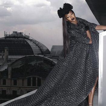 Наоми Кэмпбелл на крышах Москвы.