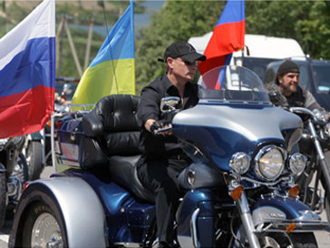Владимир Путин прикатил на байк-шоу на «Харлее»