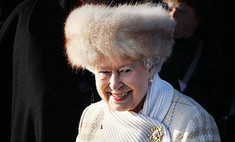 Британская королева оказалась в центре «мехового» скандала