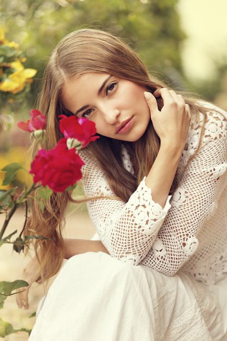 Красивая девушка фото