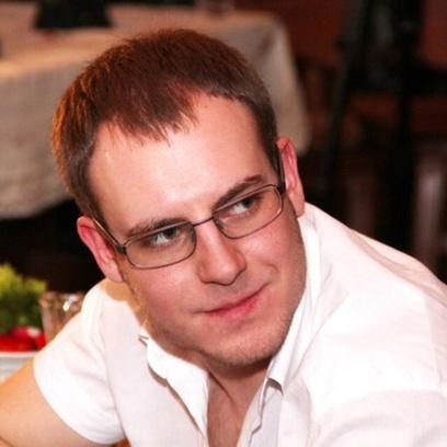 Артем Мельников, стоматолог