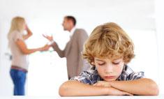 7 правил, которые помогут ребенку пережить ваш развод