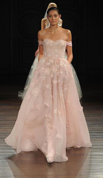 Лучшие коллекции Недели свадебной моды   галерея [5] фото [21]