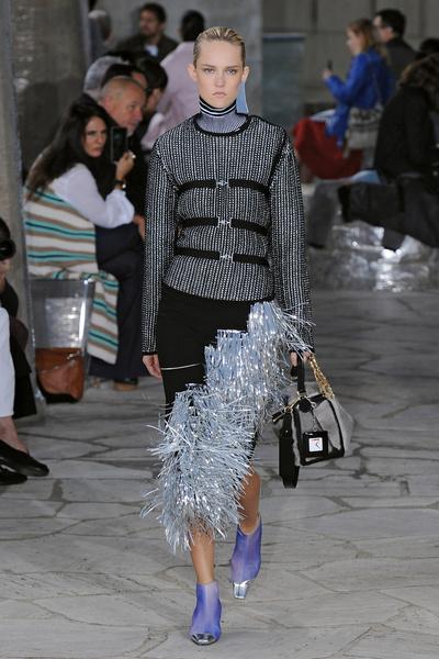 Неделя моды в Париже: день четвертый | галерея [1] фото [1]