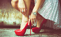 Лубутены: семь причин ненавидеть шпильки