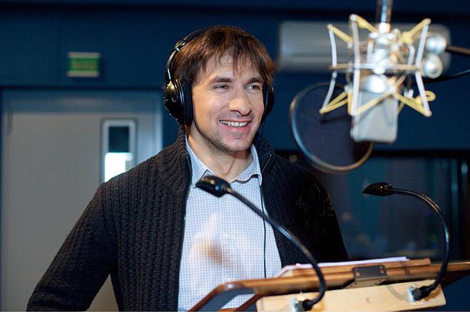 Обаятельный разбойник Флин в российской версии мультфильма разговаривает голосом актера Григория Антипенко.