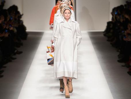 Неделя моды в Милане: показ Fendi